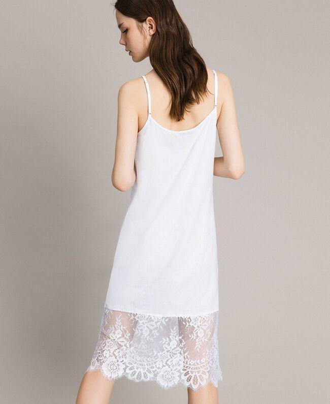 Kleid im Unterkleidstil mit Spitze Schwarz Frau 191TP260H-04