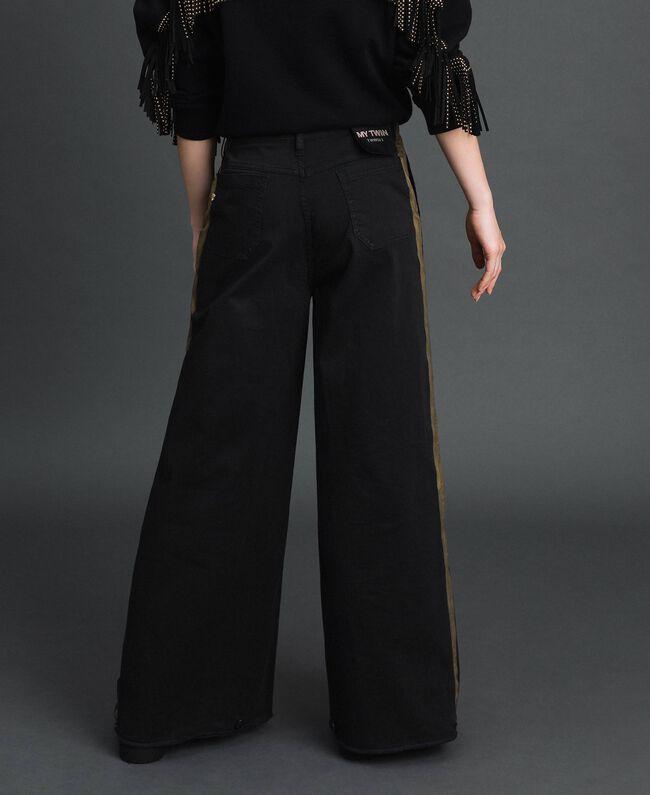 Wide-Leg-Hose mit Seitenstreifen Zweifarbig Schwarz / Gold Frau 192MP2410-04