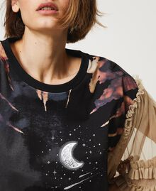 """T-shirt with print and tulle sleeves Two-tone Black / """"Biscuit"""" Brown Moon Print Woman 211MT2491-05"""