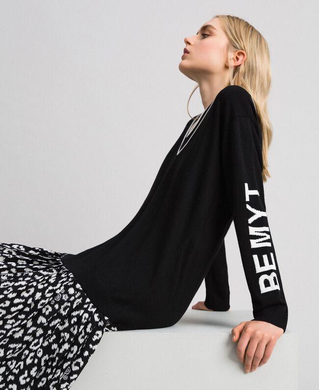 Robe en maille avec insertion animalière Bicolore Noir / Lys Femme 192MP3052-04