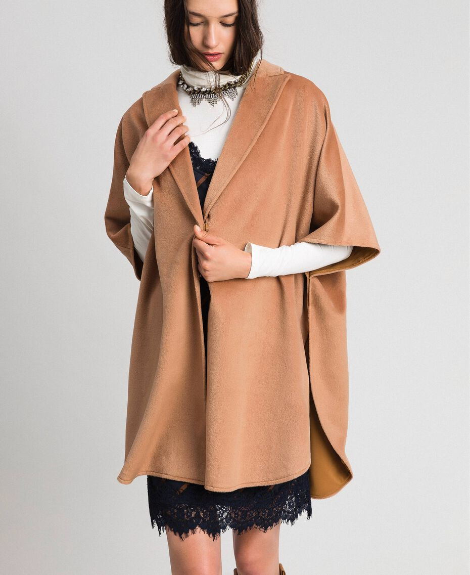 "Velour wool cape ""Camel Skin"" Beige Woman 192LI2DDD-01"