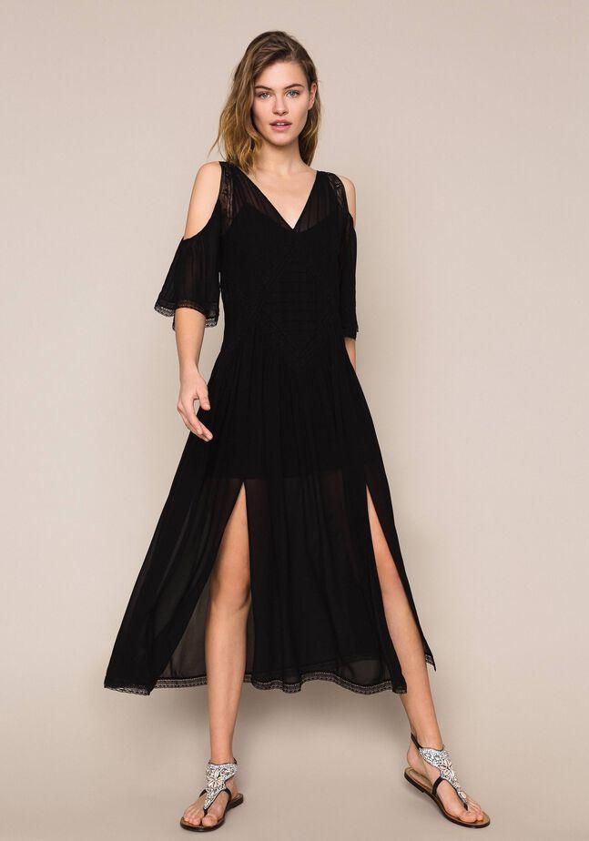 Длинное платье из жоржета с вышивкой и кружевом