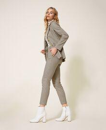 Pantalon cigarette avec motif à carreaux Petit Carreau Marron Femme 202MT2502-02