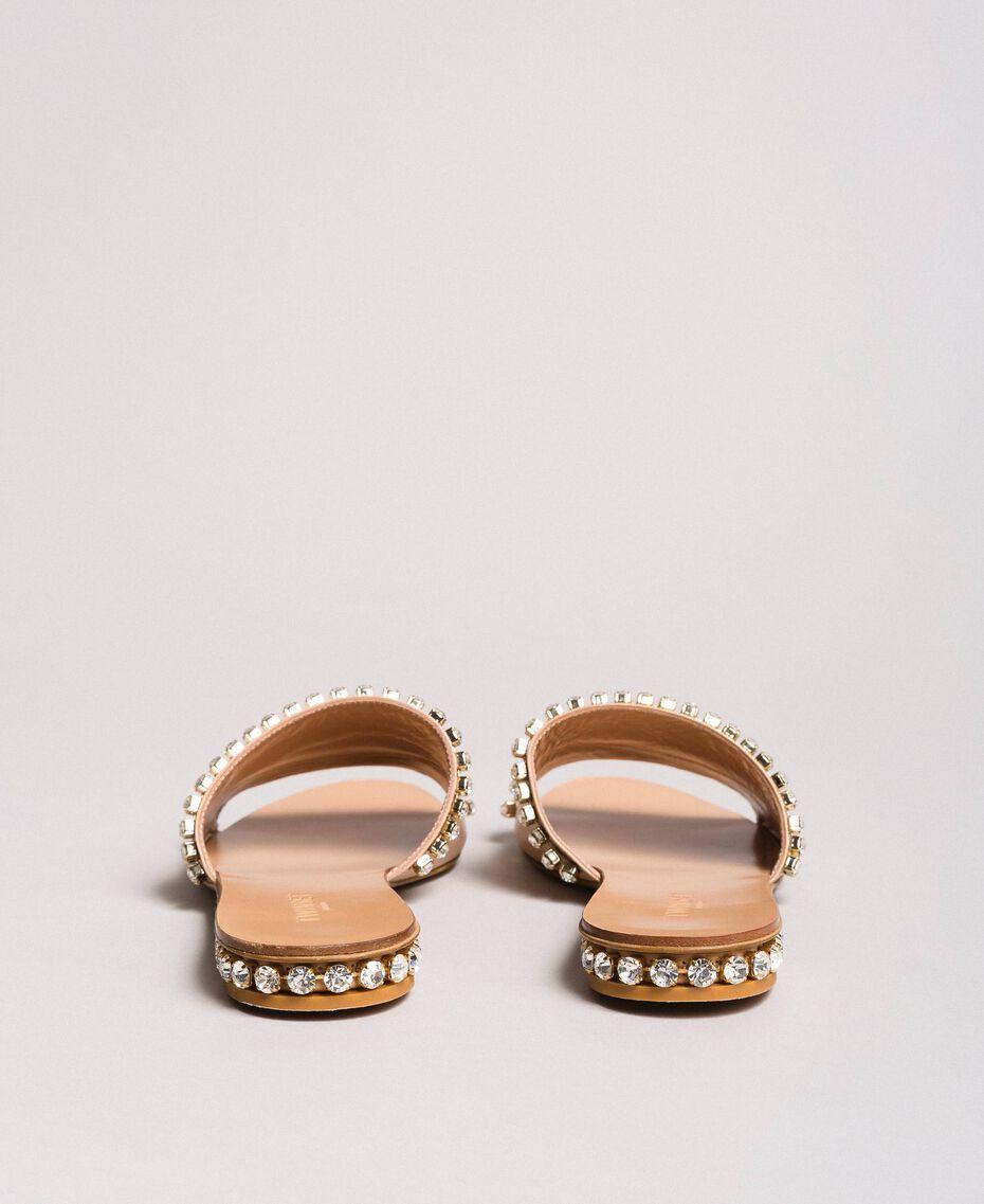 "Sandales en cuir ornées de strass Beige ""Nude"" Femme 191TCT094-03"