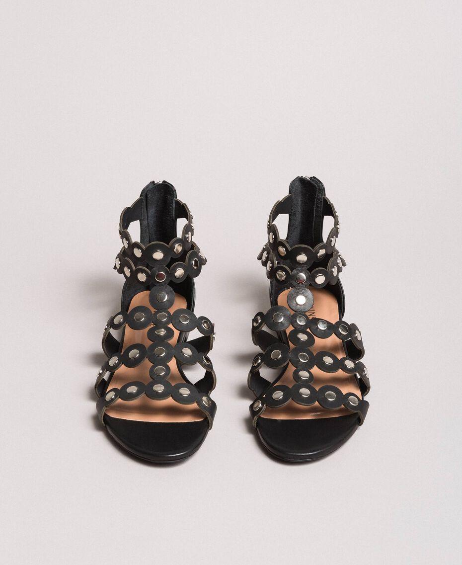 Leder-Sandalen mit Nieten Schwarz Frau 191TCP04C-03