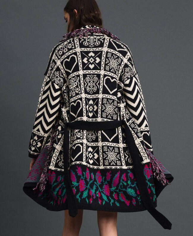 """Jacquard knit coat with fringes """"Snow"""" White Jacquard/ Black Woman 192TT3161-03"""