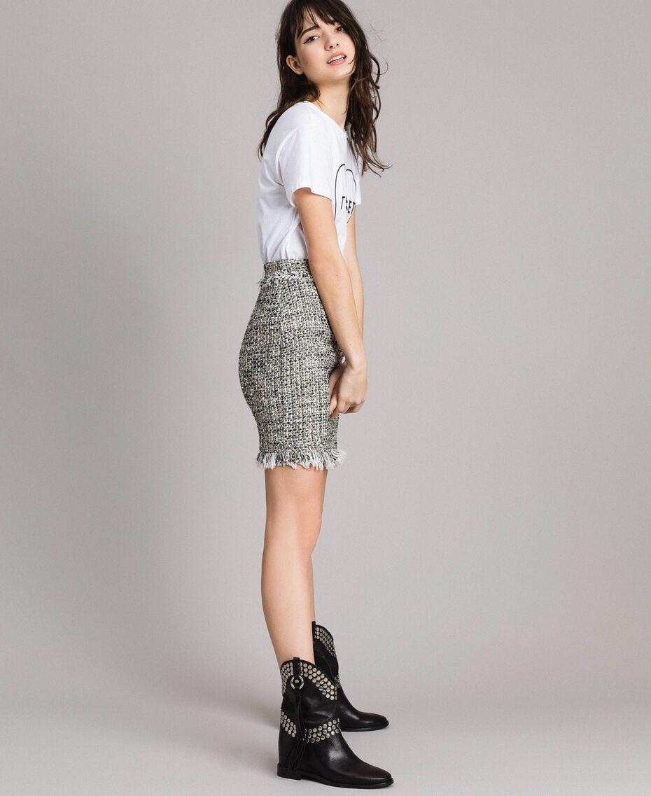 """Minijupe en tweed avec franges Bicolore Bouclé Blanc """"Neige"""" / Noir Femme 191TP2527-02"""