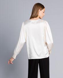 Blouse en satin de soie mélangée Blanc Neige Femme TA82YA-03