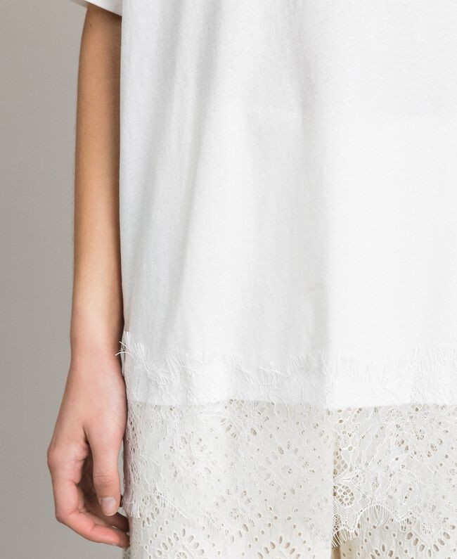Maxi T-shirt with lace Two-tone Off White / Ecru Woman 191ST2083-04