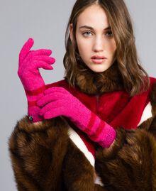 Zweifarbig gestreifte Handschuhe Zweifarbig Mohnrot / Kirschrot-Fuchsia Frau RA8T2L-0S