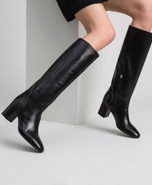 Hoher Stiefel aus Leder Leder Frau 192TCP100-0S
