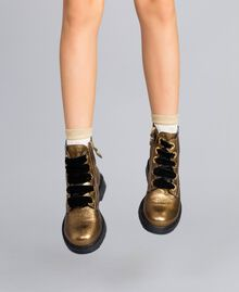 Bottines en cuir avec feston Marron Caramel Enfant HA88CE-0S