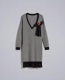 Robe à rayures bicolores avec dentelle Bicolore Rayure Noir / Blanc Neige Femme PA8342-0S