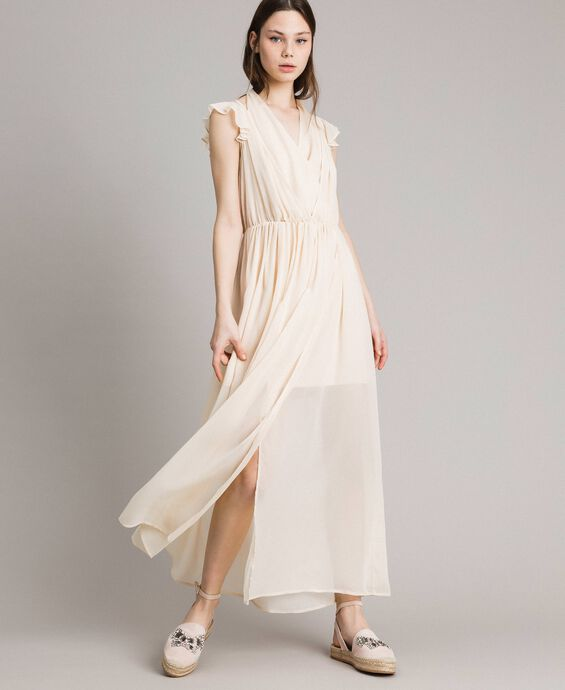 Robe longue en crépon