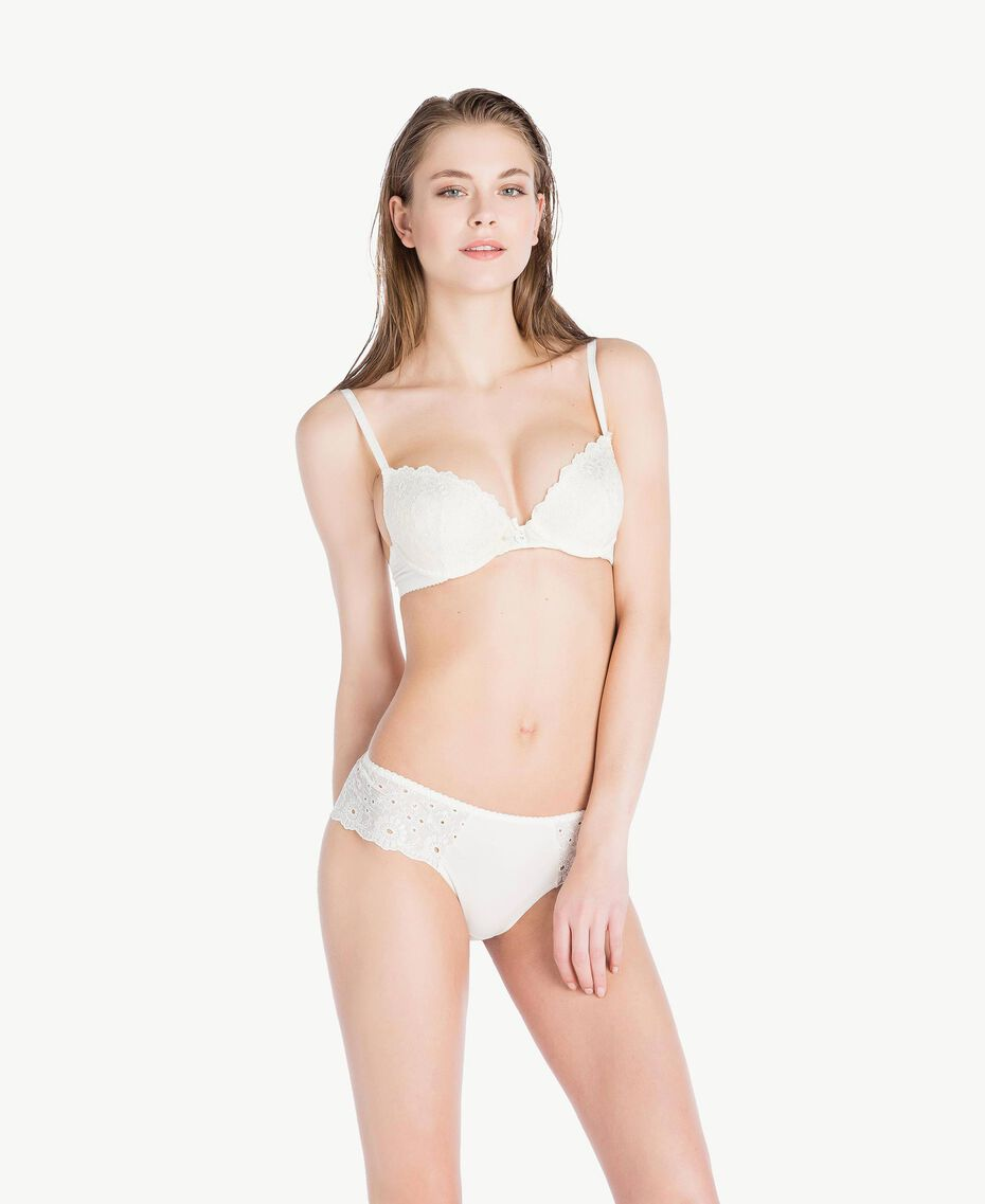 Broderie anglaise push-up bra (B cup) Ivory Woman LS8G44-03