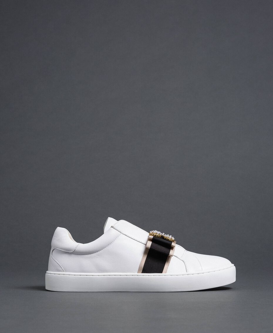 Leather trainers with embroidered band White Woman 192TCP06Q-02