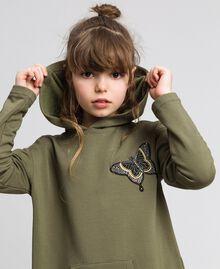 Robe en molleton avec capuche et patch papillon Vert «Alpin» / Imprimé Camouflage Enfant 192GJ2561-04