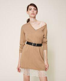 Vestido de lana mixta con plisados Bicolor Beige «Duna» / Blanco Nata Mujer 202MP3091-0T