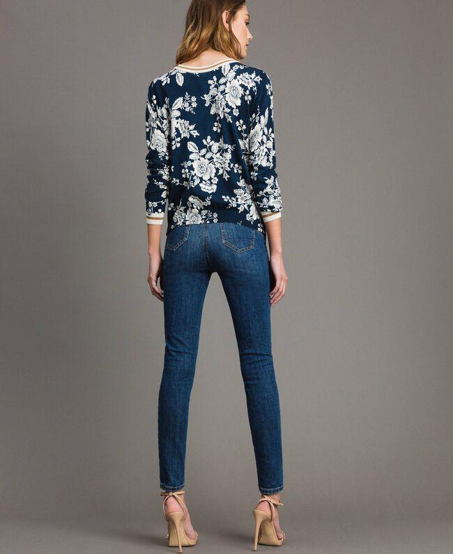 Lurex-Pullover-Cardigan mit Blumenmuster Motiv Blumen Deep Lake Frau 191ST3121-05
