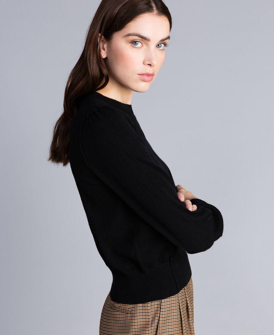 Pull boxy en laine et cachemire Noir Femme TA83AD-02