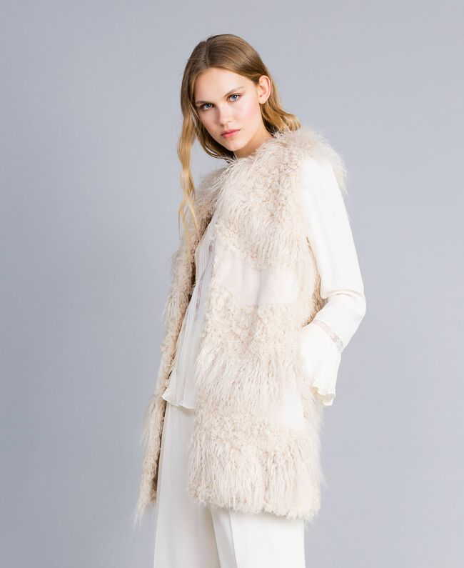 Long faux fur patch waistcoat White Snow Woman TA82A2-01