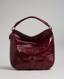Borsa hobo in pelle effetto craclé con borchie Rosso Beet Donna 192TA7236-01