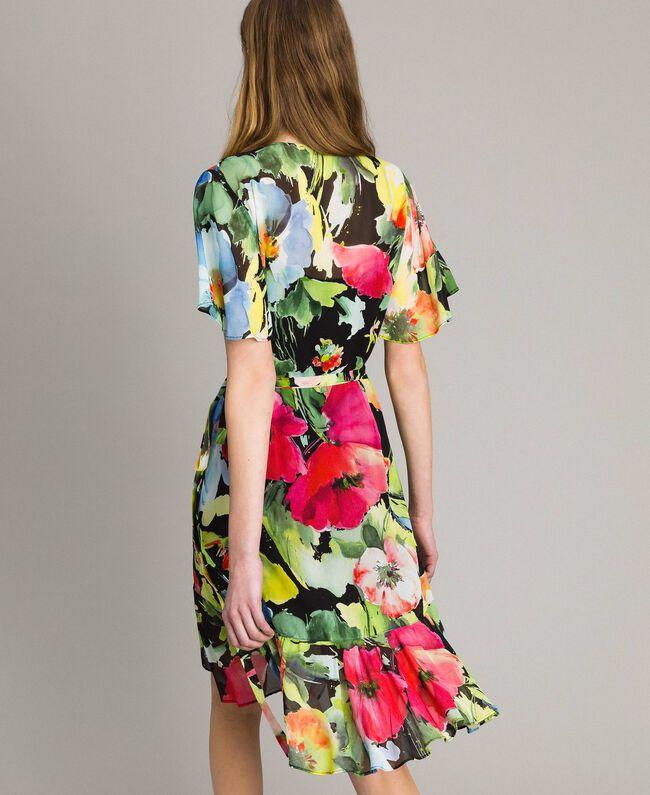 Georgette-Kleid mit Blumenmuster Motiv Schwarze Macro Blumen Frau 191TT2482-04