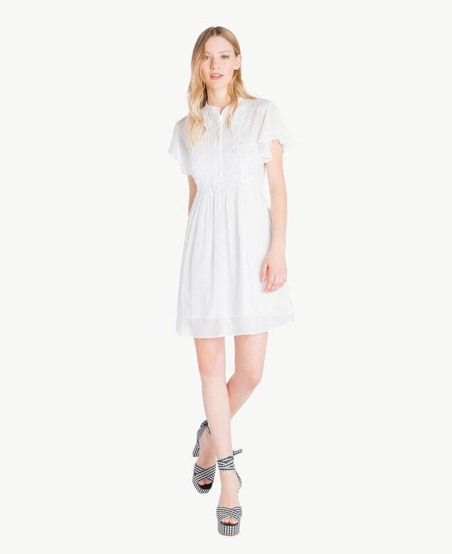 Kleid aus Musselin Mattweiß Frau YS82HN-01