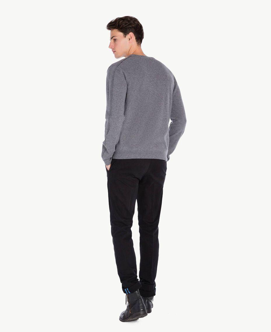 Pantalon chino Noir UA72CA-03