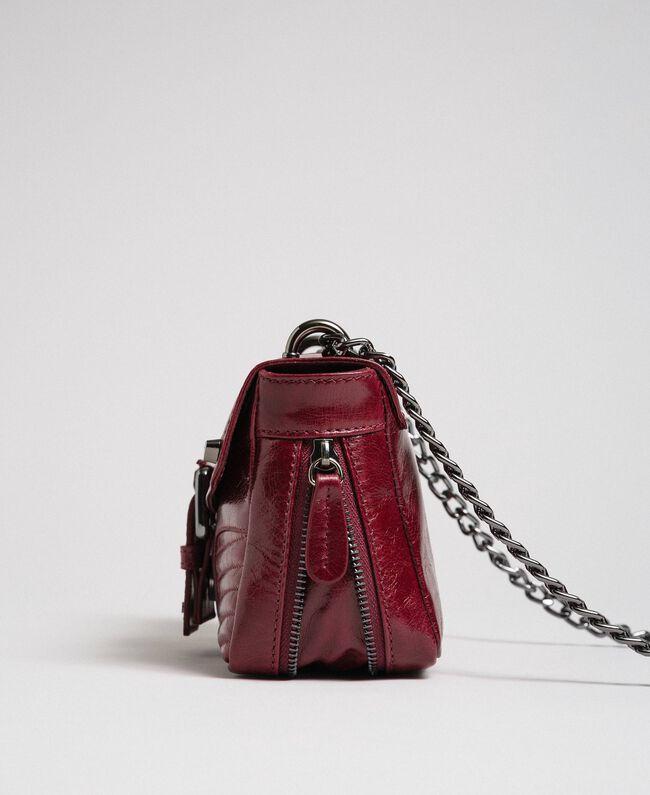 """Kleine Umhängetasche """"Rebel"""" aus Leder Rote-Bete-Rot Frau 192TA7237-04"""