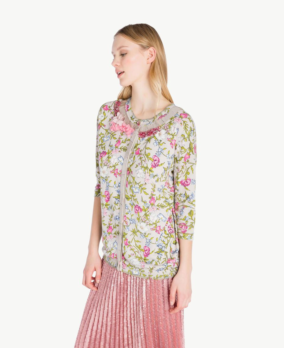Embroidered mandarin collar top Floral Print Woman PS83LF-02