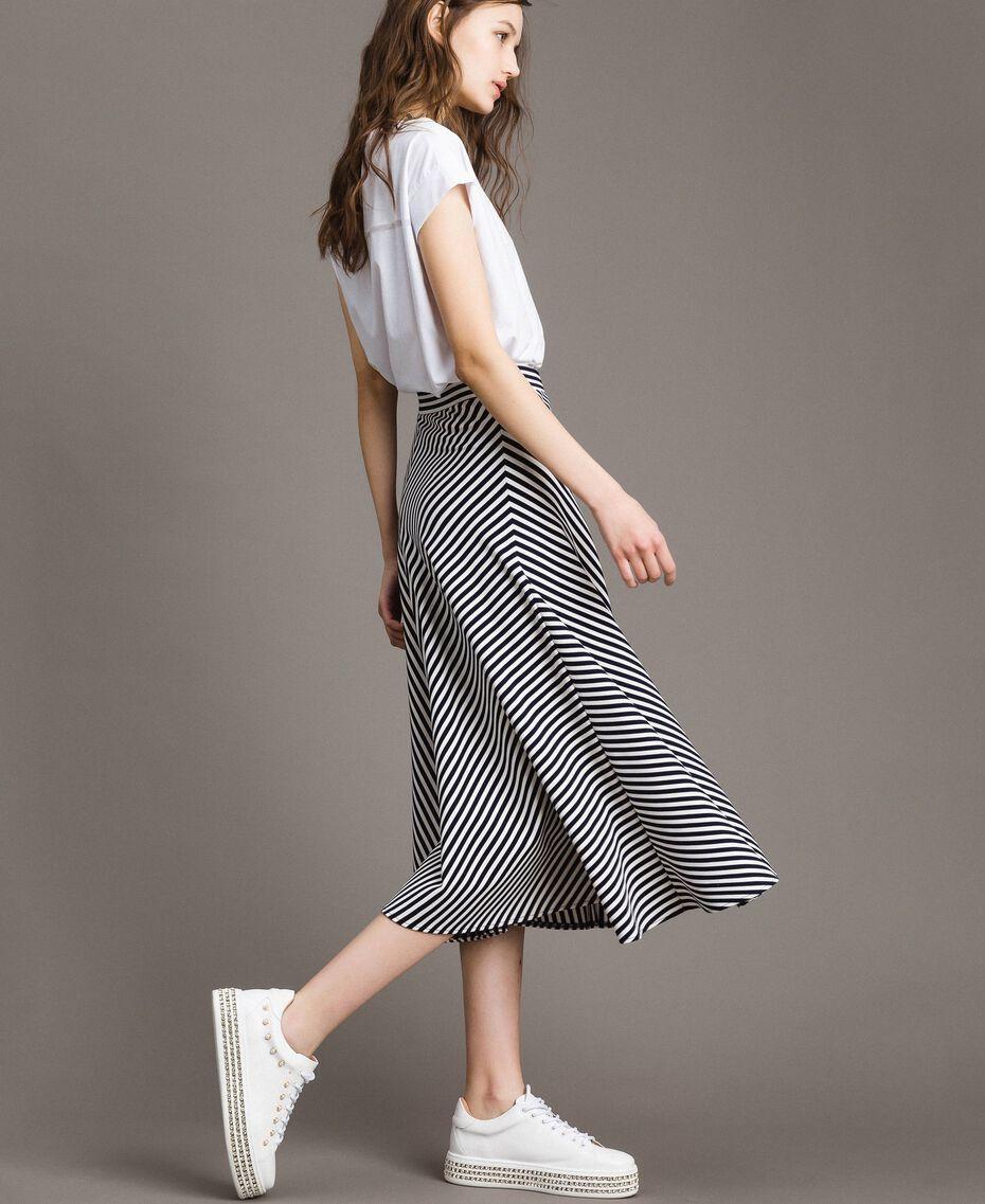 Jupe mi-longue à rayures bicolores Rayures Blanc Cassé / Ombre Bleue Femme 191ST2036-02