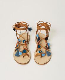 """Sandali in pelle con pompon e charms Multicolor """"Nautical Blue"""" / Blu """"Indaco"""" / Nero Donna 211TCT180-06"""