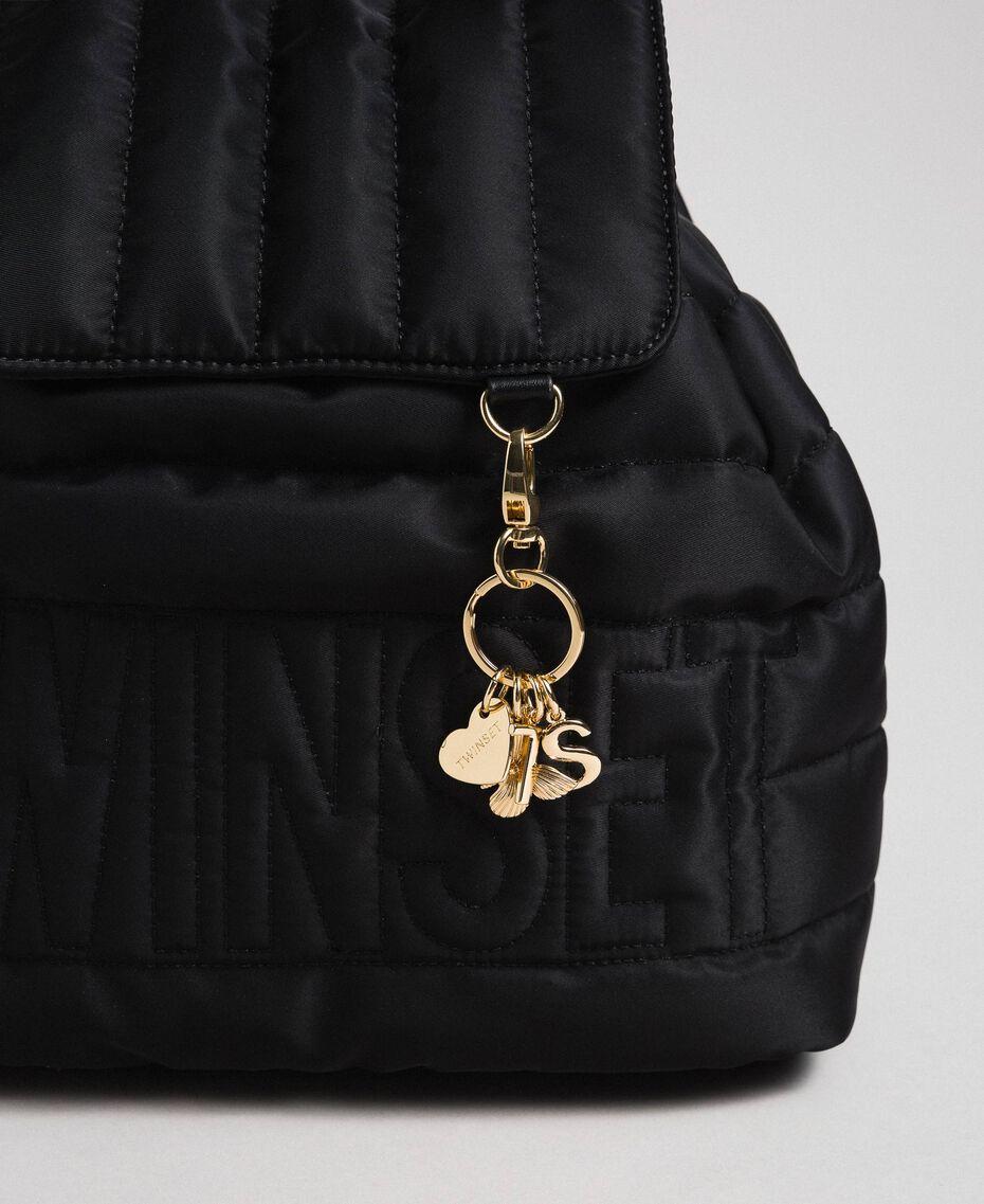 Sac à dos matelassé avec charms et logo Noir Femme 192TO8062-02