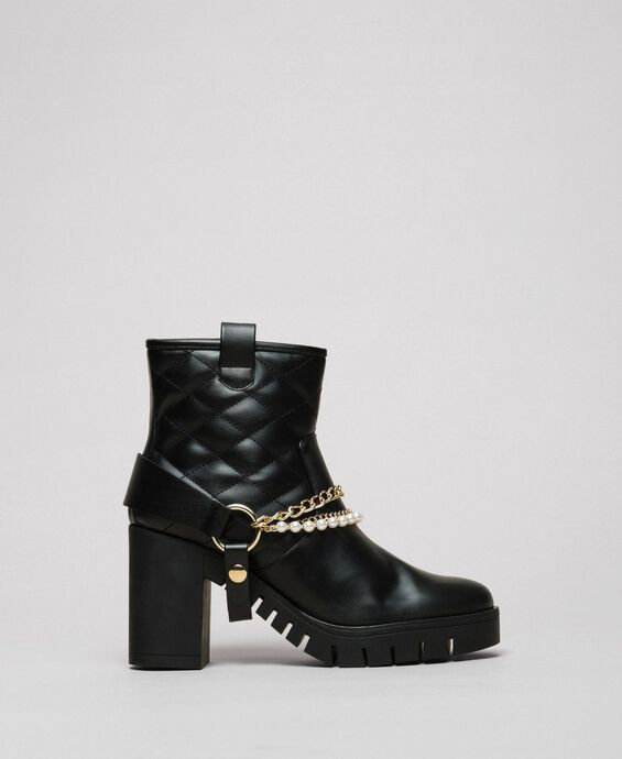 Biker boots with straps, chain and pearls