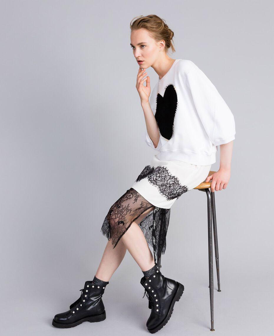 Sweat en coton avec cœur floqué Blanc Femme PA82CD-0T