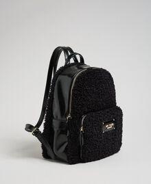 Sac à dos en fausse fourrure avec poche avant Noir Femme 192MO8080-02