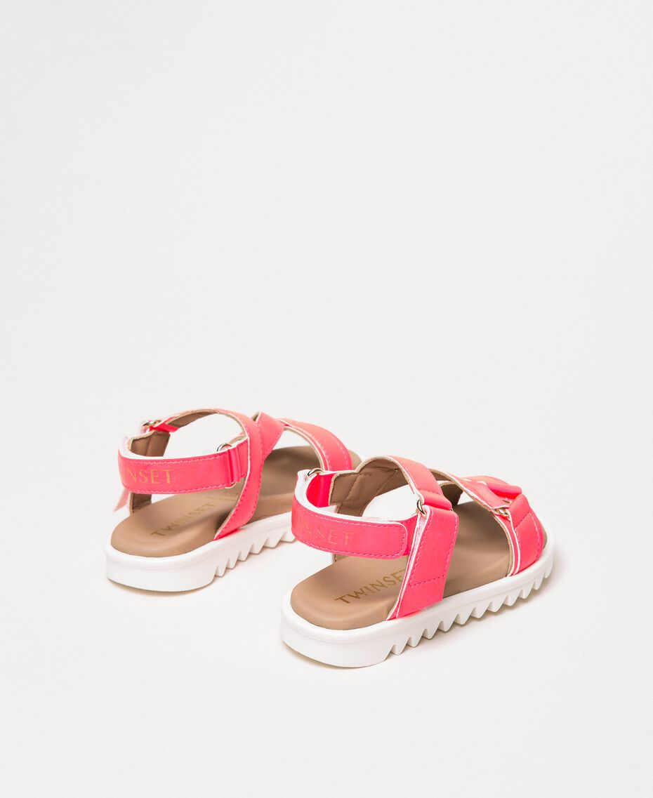 Fluorescent faux leather sandals Fluorescent Fuxia Child 201GCB114-03