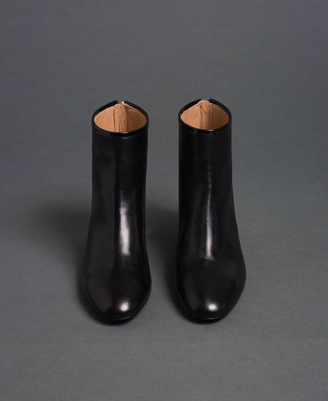 Leather ankle boots Black Woman 192TCP126-04