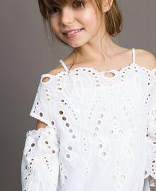 Musselin-Kleid mit Lochstickerei-Verzierung Weiß Kind 191GJ2620-04