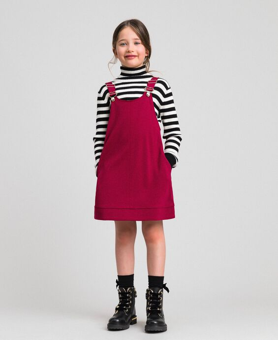 Pinafore dress with pockets
