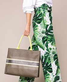 """Butterfly print faux leather shopper """"Camouflage"""" Green Butterfly Print / Fluo Yellow Woman 201TA7240-0T"""