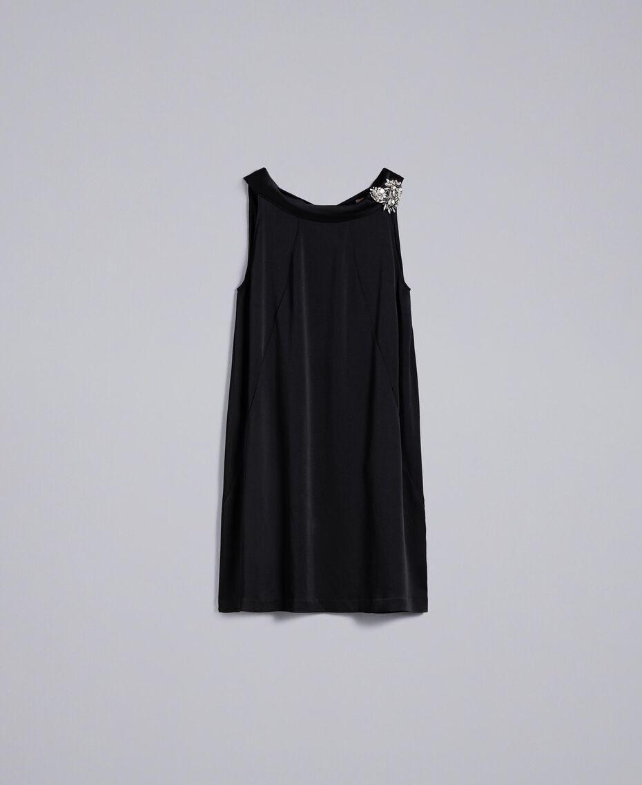 Kleid aus Envers-Satin Schwarz Frau QA8TGS-0S