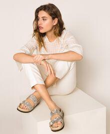 Sandale aus Leder mit Stickerei Nougat Beige Frau 201TCT022-0S