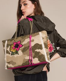 Canvas shopper with patch and fringes Camouflage Print / Wild Rose Woman 201MO8040-0S