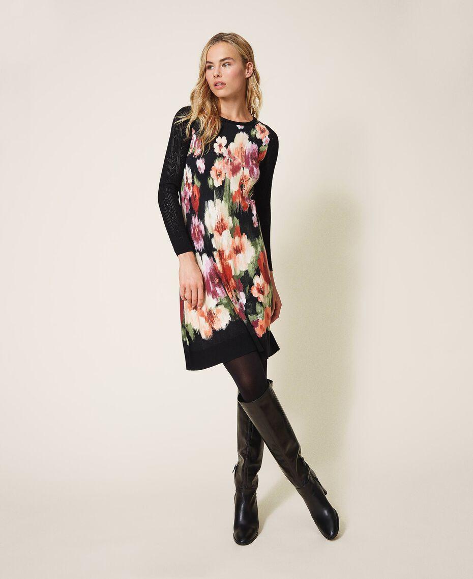 Трикотажное платье с цветочным принтом Цветок Шине Черный женщина 202TT3342-01