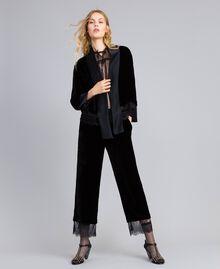 Cropped-Hose aus Samt Schwarz Frau TA826S-0T