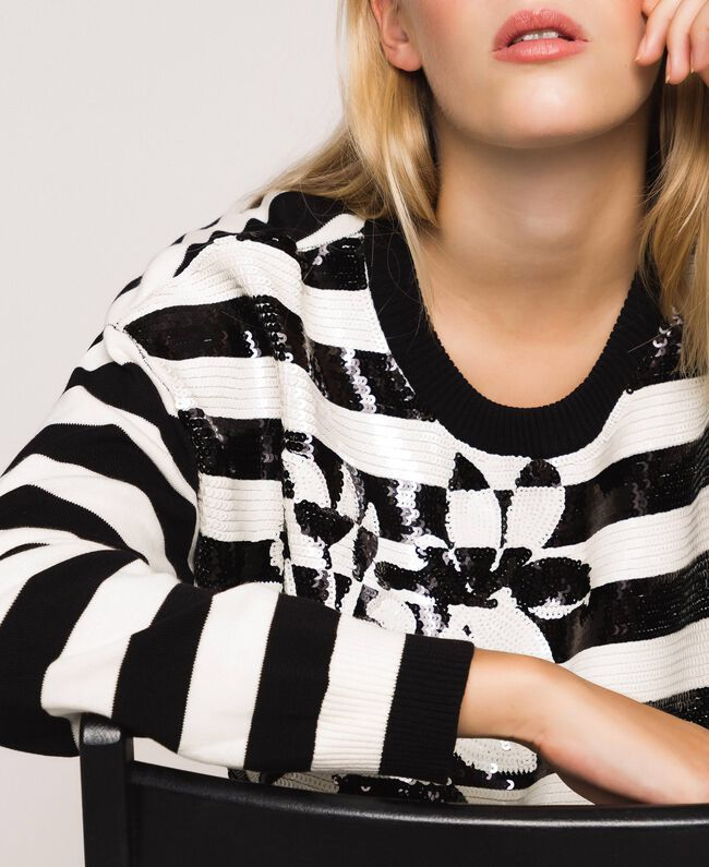 "Full sequin striped jumper Black / ""Snow"" White Stripes Woman 201TP3172-01"