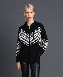 "Jacquard bomber jacket with floral chevron pattern Black / ""Papyrus"" White Jacquard Woman 192TP3231-02"