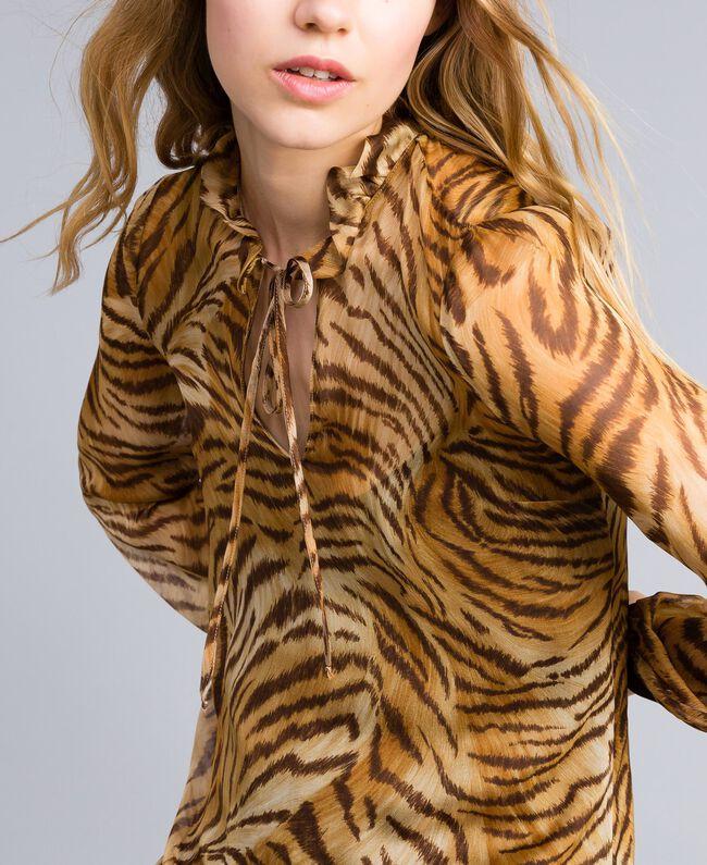 "Kleid aus Seidenchiffon mit Print Print ""Tiger"" Frau TA8253-04"